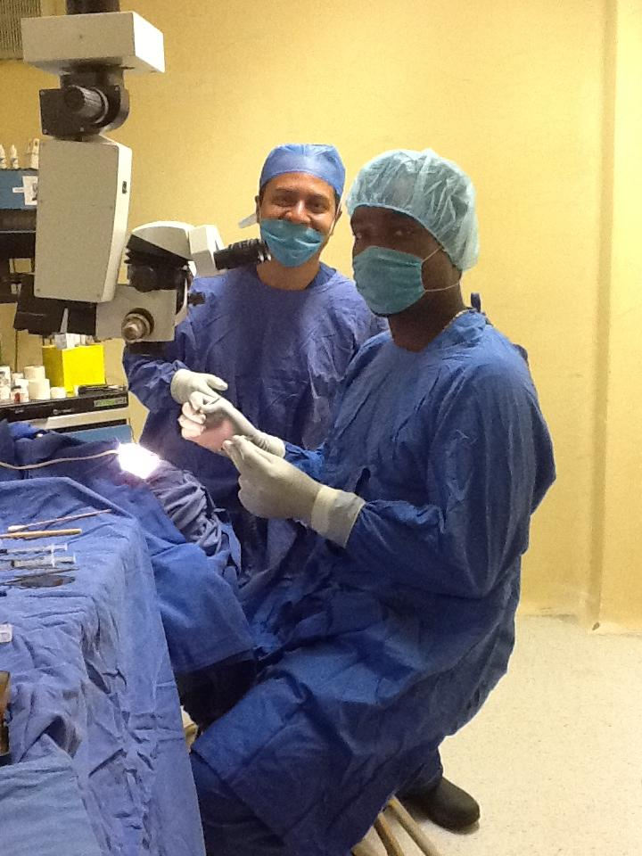 My experience learning small incision cataract surgery
